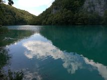 La calma innaffia Plitvice immagine stock