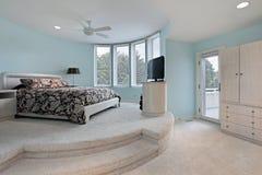 La camera da letto dentro ascende la zona di sonno fotografie stock