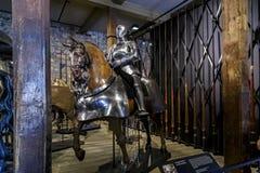 La camera dell'arsenale dell'Enrico VIII nella torre di Londra Immagini Stock Libere da Diritti