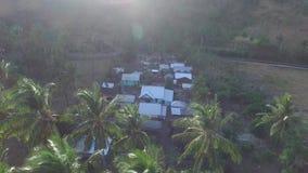 La Camera tradizionale di terremoto di Lombok è sprofondato archivi video