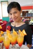 La cameriera di bar Immagine Stock