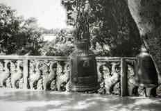 La campana fue hecha ‹del †del ‹del †en blanco y negro Imagen de archivo libre de regalías