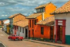 La Candelaria, historisk grannskap i i stadens centrum Bogota, Colombi Arkivfoton