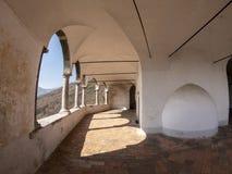 La capilla de St Patrick San Patrizio, Colzate, B?rgamo, Italia Un sitio medieval encaramado imagen de archivo libre de regalías
