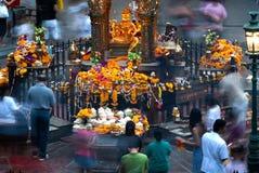 La capilla del Brahma cuatro-hecho frente (Phra Phrom) en Bangkok Fotos de archivo
