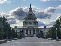 La Capitol Hill debajo de las nubes hermosas Imágenes de archivo libres de regalías