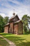 La cappella in foresta fotografie stock libere da diritti