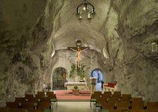 La cappella principale della chiesa della caverna in collina di Gellert frana Budapest, unno Fotografie Stock