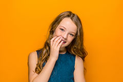 La cara de la muchacha adolescente feliz juguetona Imagenes de archivo