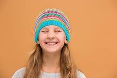 La cara de la muchacha adolescente feliz juguetona Foto de archivo libre de regalías