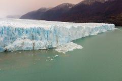 La cara del Perito Moreno Glacier situado en el parque nacional del Los Glaciares en Santa Cruz Province, la Argentina imágenes de archivo libres de regalías