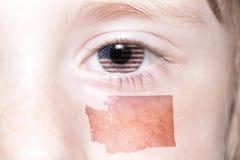 La cara humana del ` s con la bandera nacional del estado de los Estados Unidos de América y de Washington traza Imágenes de archivo libres de regalías
