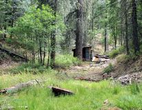 La carlingue du mineur ondulé de bidon près du Prescott, Arizona photos libres de droits