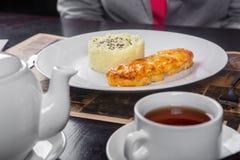 La carne, pescado, coció con la mayonesa, queso con subida Imagen de archivo libre de regalías