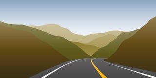 La carretera del asfalto entre las montañas viaja paisaje stock de ilustración