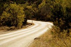 La carretera nacional curva a la izquierda Fotos de archivo libres de regalías