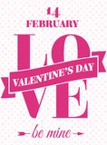La carta del giorno di biglietti di S. Valentino con amore del segno ed è la mia sul fondo dei cuori Fotografia Stock