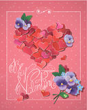 La carta di San Valentino con i coriandoli rossi dei cuori nel grande cuore modella Immagini Stock Libere da Diritti