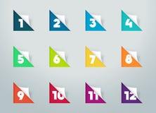 La carta quadrata ha tagliato le note con i numeri per il calendario 1 a 12 b Fotografia Stock