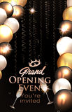La carte d'invitation d'ouverture officielle avec des ballons à air et l'or serpentent Images stock