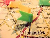 La carte de voyage risque des points de drapeaux images stock