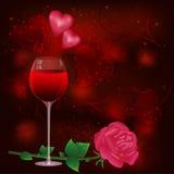 La cartolina d'auguri con il vetro di vino ed è aumentato Immagini Stock