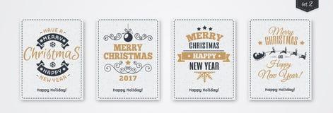 La cartolina d'auguri di Natale ha messo con stile dell'oro dell'emblema con Santa ed i cervi, l'albero di Natale, fiocco di neve Fotografie Stock