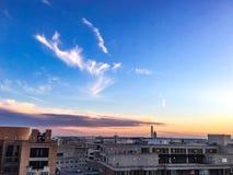 La Casa Bianca di di DC di Washington C Orizzonte all'alba con le nuvole rosa fotografie stock libere da diritti