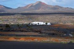 La casa blanca sola - Lanzarote, islas canarias Imágenes de archivo libres de regalías