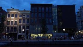 La casa de Anne Frank en Amsterdam en la ciudad de Prinsengracht de Amsterdam almacen de video