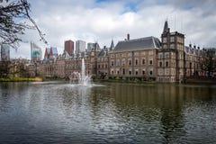 La casa de Binnenhof del parlamento en La Haya Den Haag Fotos de archivo libres de regalías
