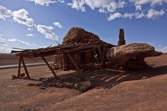 La casa de la roca en la carretera bermellona de los acantilados donde una vez vidas de Blanche Russell fotos de archivo libres de regalías