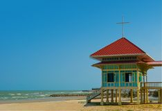 La casa del fin de semana en la playa Cha-es, Tailandia Fotografía de archivo