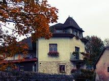 La casa del lago foto de archivo libre de regalías