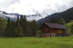 La casa dell'agricoltore nelle alpi austriache Fotografia Stock Libera da Diritti