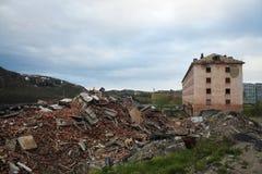 La casa demolita Immagini Stock Libere da Diritti