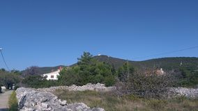 La casa en las nubes en la isla foto de archivo
