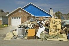 La casa golpeó pesadamente por Hurricane Ivan imagenes de archivo