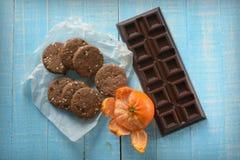 La casa ha prodotto i biscotti dell'agrume e del cioccolato fotografia stock