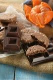La casa ha prodotto i biscotti dell'agrume e del cioccolato immagini stock