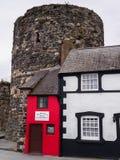 La casa más pequeña de Gran Bretaña Imágenes de archivo libres de regalías