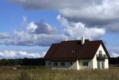 La casa moderna Imagen de archivo libre de regalías