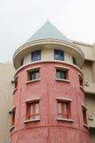 La casa modernista tiene gusto de un castillo Foto de archivo