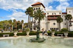 La casa Monica Resort de la Florida y balneario Viejo el hotel de Cordova en la costa histórica de la Florida fotografía de archivo libre de regalías