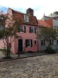 La casa rosada Charleston Foto de archivo libre de regalías
