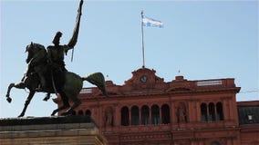 La casa Rosada, en la plaza De Mayo Square, Buenos Aires la Argentina almacen de metraje de vídeo