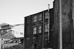 La casa vieja blanco y negro Imagen de archivo libre de regalías