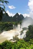 La cascada de Detian en China Imágenes de archivo libres de regalías