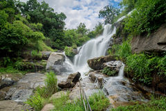 La cascada del Mea klang es una cascada hermosa en Chiang Mai, Thail Imágenes de archivo libres de regalías