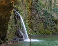 La cascada del molino de agua Fotografía de archivo libre de regalías
